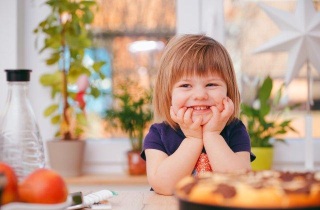 Menține o relație bună cu copilul tău: 4 întrebări pe care ar trebui să i le adresezi zilnic