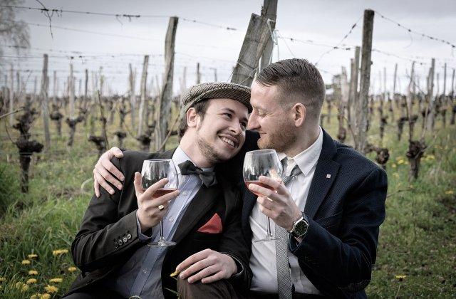 Căsătoria între persoanele de același sex a fost înscrisă în Constituție! În ce stat s-a implementat noua lege