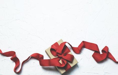 Surprize de Moș Nicolae: sugestii de cadouri inedite pentru bărbați
