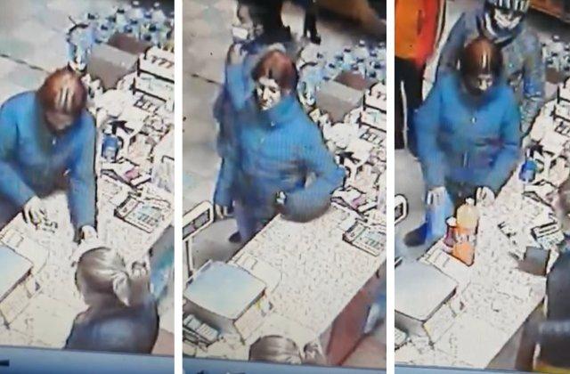 VIDEO Cum reuşeşte o femeie să fure un pachet de ţigări chiar din fața vânzătoarei. Reacţia primarului