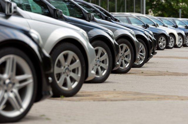 Anglia va interzice vânzarea mașinilor alimentate cu benzină și motorină din anul 2030
