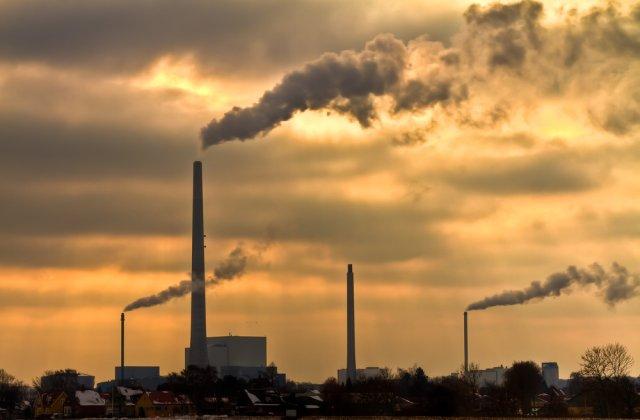 STUDIU Poluarea aerului rămâne principala cauză a deceselor premature în 41 de ţări europene