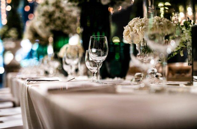 Organizează-ți nunta până la ultimul detaliu: 5 băuturi care nu trebuie să lipsească în ziua cea mare