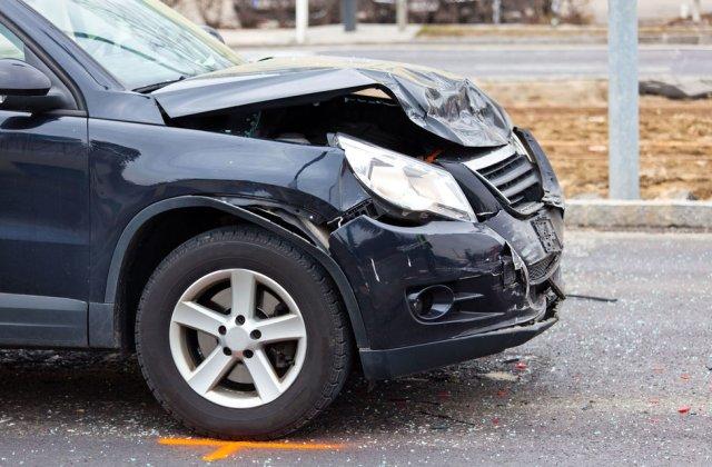 Proiect: șoferii care produc accidente cu vătămări corporale sau decese vor plăti cu 40% mai mult pentru asigurarea RCA în anul următor