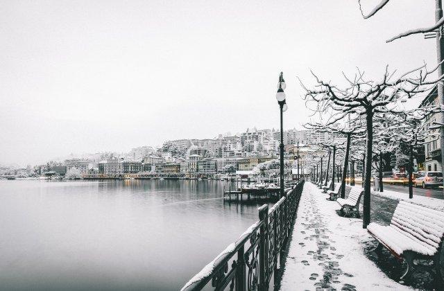 Șapte județe și Capitala se află sub cod galben de ninsori până la ora 20:00