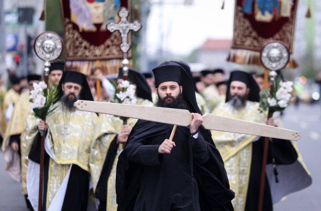 Patriarhia Română a stabilit un set de reguli pentru slujbele de sărbători. Care sunt acestea