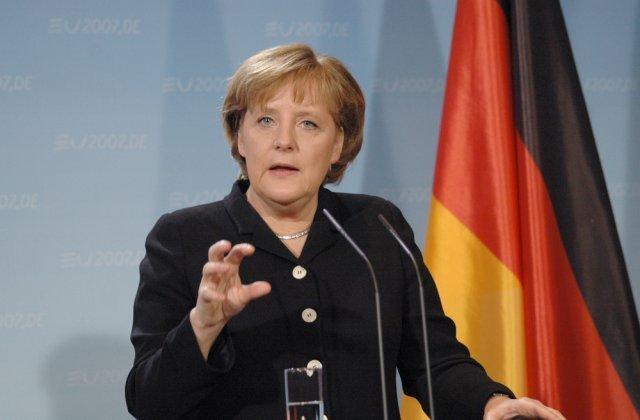 Angela Merkel cere noi restricţii în Germania, în urma creşterii numărului de cazuri de Covid-19