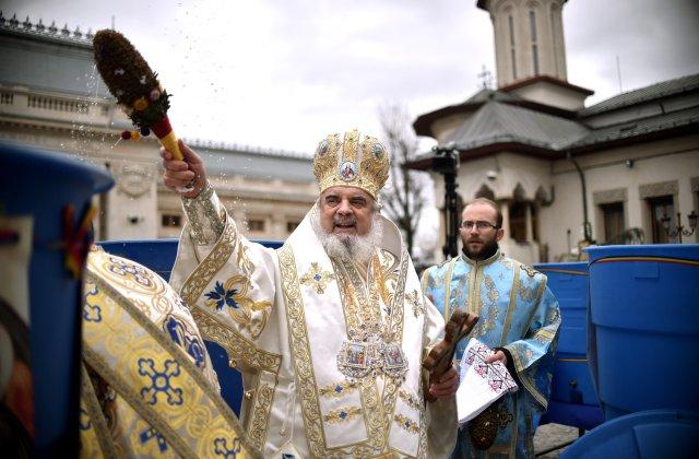 """Patriarhul Daniel: """"Este mare nevoie de multă rugăciune, solidaritate și ajutorare frățească"""""""