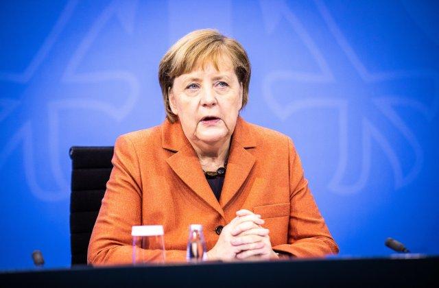 """Germania intră în lockdown. Merkel: """"Suntem constrânși să acționăm"""""""