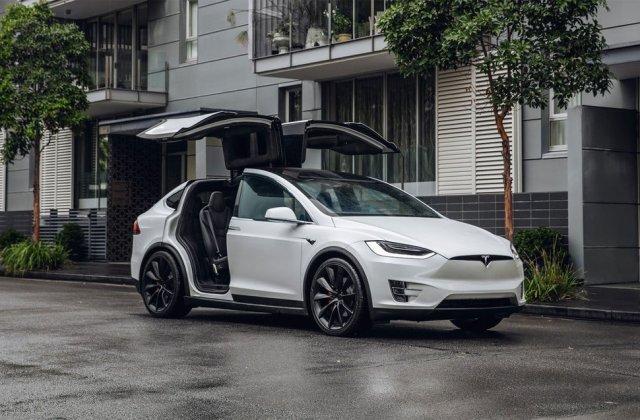 Tesla întrerupe producția pentru Model S și Model X timp de 18 zile: cele două modele ar putea primi îmbunătățiri