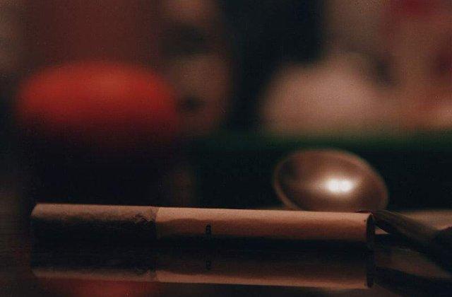 Rusia: Fumatul in locurile publice este interzis incepand de sambata
