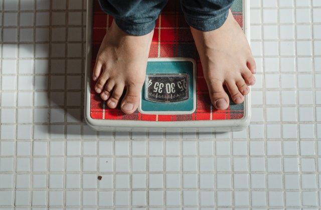 Cum putem slăbi după sărbători fără a recurge la diete drastice