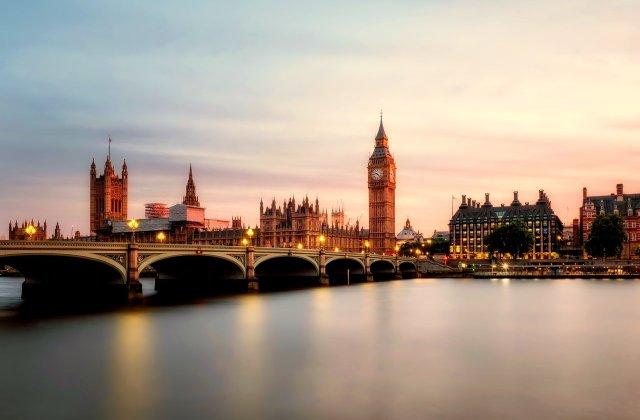 Noua carantină din Marea Britanie va începe să fie ridicată din luna martie