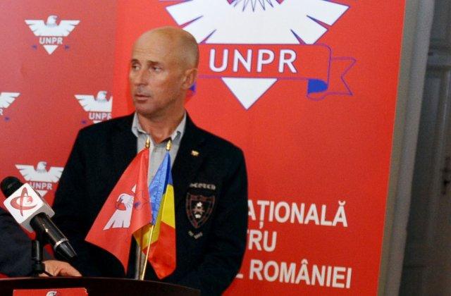 """Mugur Mihăescu îl atacă pe deputatul USR Iulian Bulai: """"Vagabonțeală! Vai steaua voastră de comuniști!"""""""