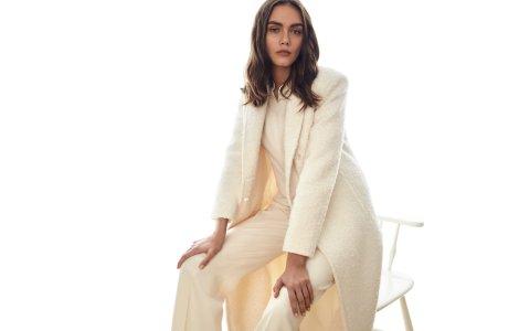 Paltonul lung - vedeta incontestabilă a următoarelor tendințe