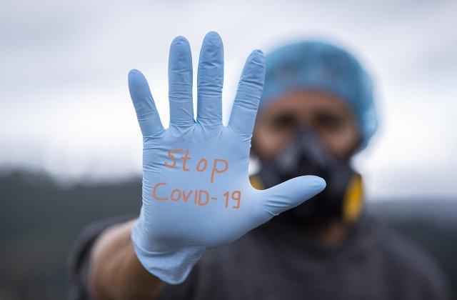 Caz de infectare cu tulpina britanică de COVID la Constanța