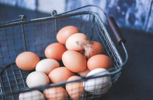 Consumul zilnic de ouă la micul dejun: 3 beneficii ale acestui produs asupra organismului