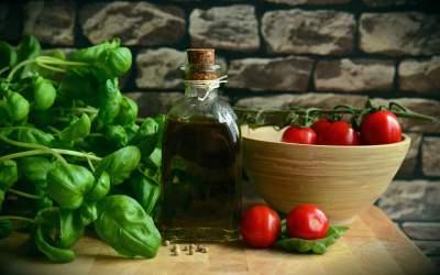 Gătește sănătos și gustos:...