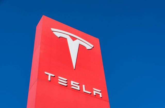 Compania Tesla a deschis primul birou în București