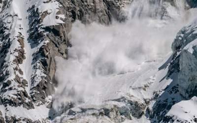 Risc mare de avalanșe la...