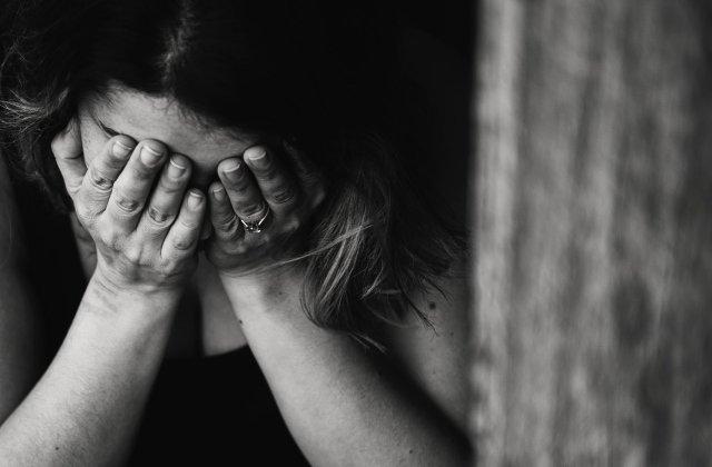 Răpire în Arad: o tânără a fost sechestrată de un cioban