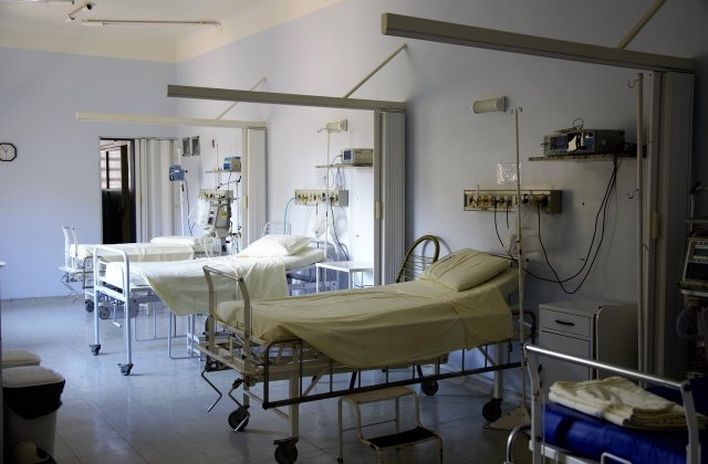 MS: Starea de sănătate a victimelor incendiului de la Spitalul Matei Balș