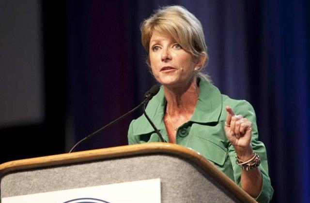 O femeie senator din Texas a vorbit 13 ore pentru a preveni adoptarea unei legi anti-avort
