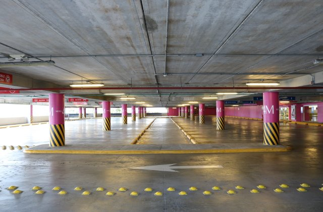Taxa de închiriere a unui loc de parcare suprateran smart din Sectorul 6 ar putea fi majorată la 130 de lei/lună