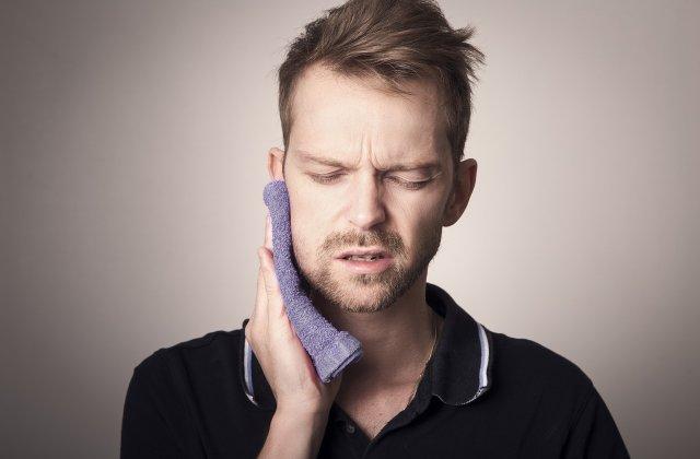 4 metode eficiente care te vor ajuta să oprești durerile de dinți