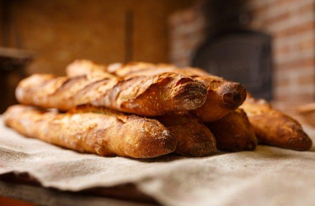 Francezii cer ca pâinea baghetă să fie simbol al patrimoniului cultural UNESCO