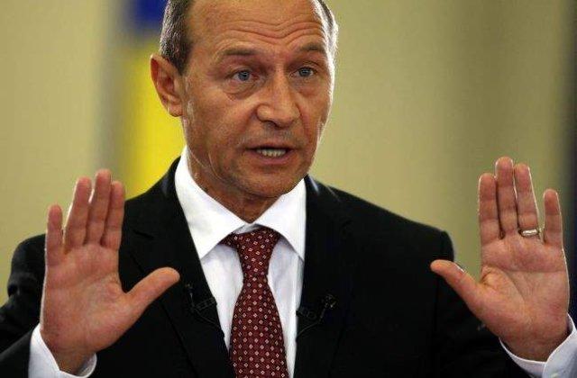 Basescu cere reexaminarea acordului cu Rompetrol