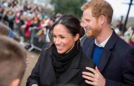 """Casa Albă salută """"curajul"""" prinţului Harry şi al soţiei sale Meghan..."""