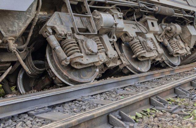 Un tren a deraiat în Taiwan. Cel puțin 36 de persoane au murit