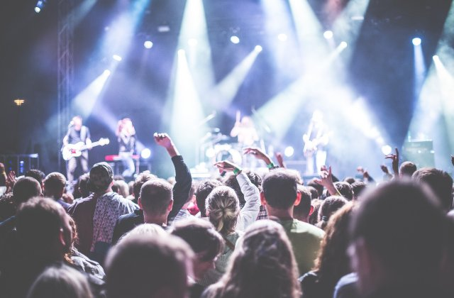 Cele 4 scenarii propuse de ministrul Culturii pentru accesul la festivaluri și concerte