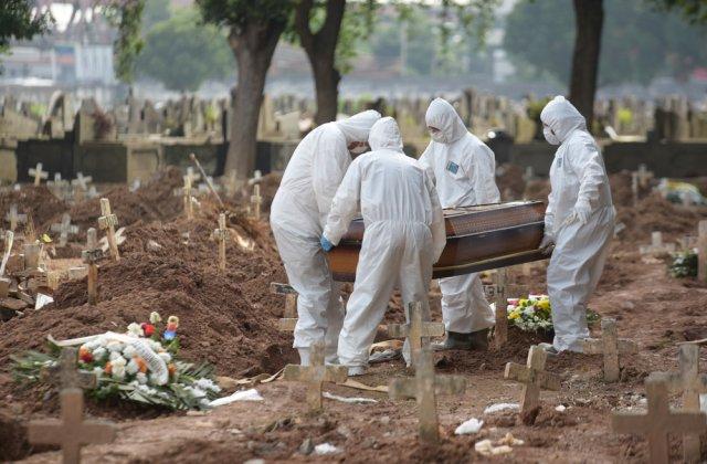 """Medic, despre normele de înmormântare în pandemie: """"Neam de neamul nostru nu ne-am îngropat morţii goi"""""""