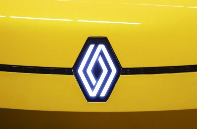 Renault ar putea lansa o versiune modernă a vechiului Renault 4