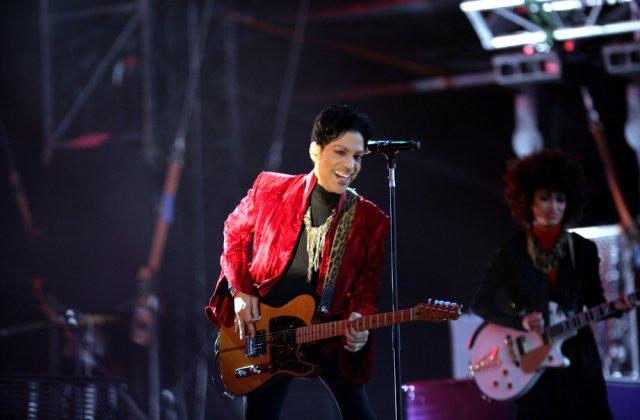 Un album inedit al lui Prince va fi lansat pe 30 iulie
