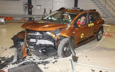 Dacia Sandero și Logan au...