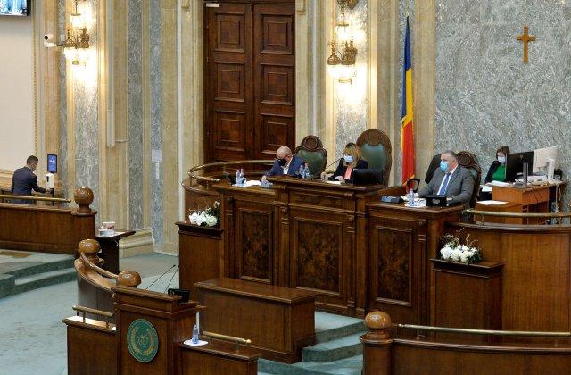 Un medic român, decorat de președintele Franței, ar putea fi propus pentru funcția de ministru al Sănătății