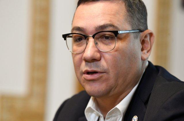 """Victor Ponta îl atacă pe Vlad Voiculescu: """"Nu are şcoală deloc. A creat haos şi a distrus un sistem!"""""""
