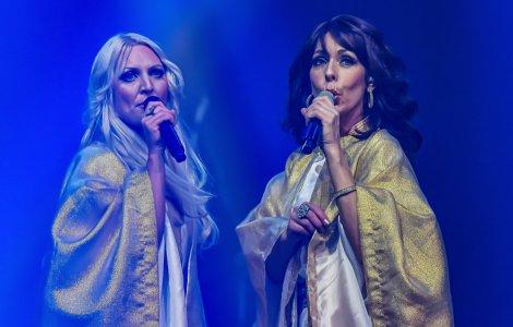 Componenţii ABBA au exclus realizarea unui film biografic despre...