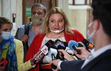 Diana Şoşoacă ia în calcul să candideze pentru președinție
