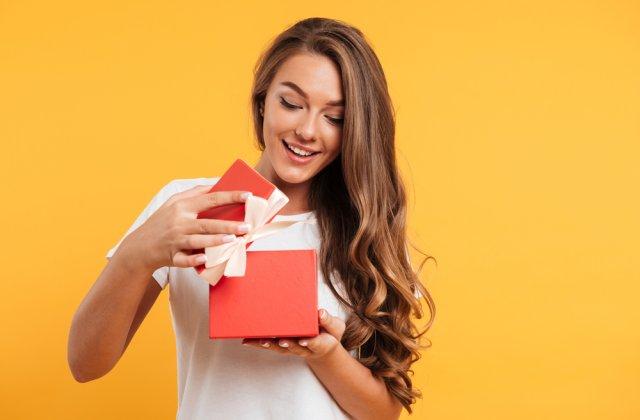Surprinde-i pe cei dragi! Idei de cadouri de Paște pentru familie și prieteni