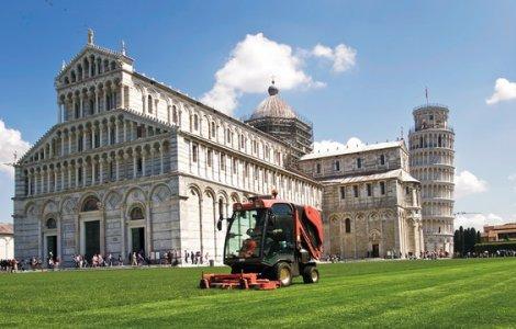 Turnul din Pisa s-a redeschis. Ofertă a biletelor de care turiștii...
