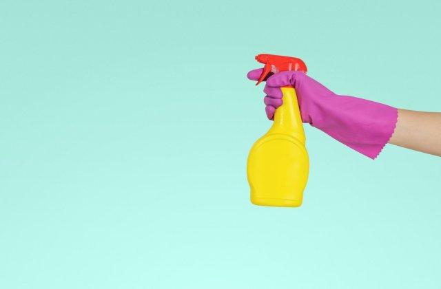 Sfaturi și trucuri pentru o curățenie generală ca la carte! Iată ce trebui să știi