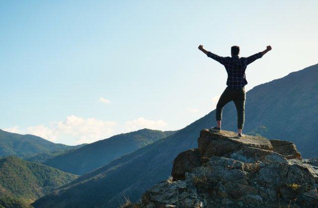 Trăiește liber și fericit: 3 pași pentru a trăi viața pe care ți-o dorești