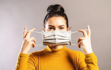 """Min. Sănătății: """"Renunţarea la mască în unele cazuri, posibilă de..."""