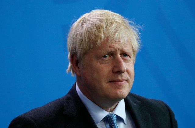 Premierul Boris Johnson relaxează restricțiile anti-COVID-19 din Marea Britanie