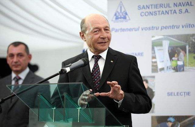 Basescu a inceput cursurile pentru reconfirmarea brevetului de comandant de nava