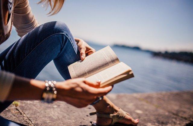 Merită citite! Cărți psihologice care îți vor schimba cu adevărat viața